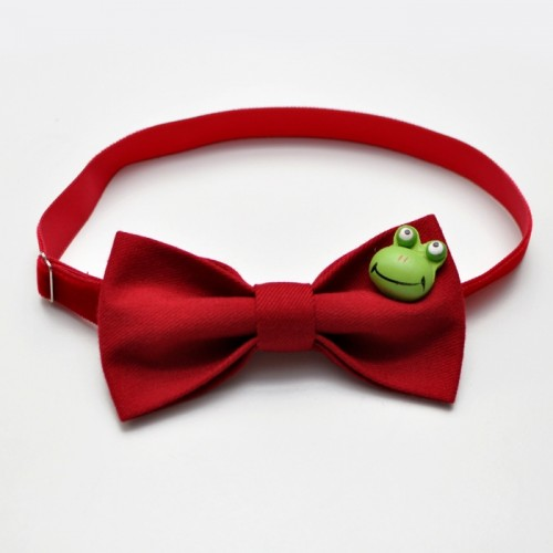 Froggy bow tie